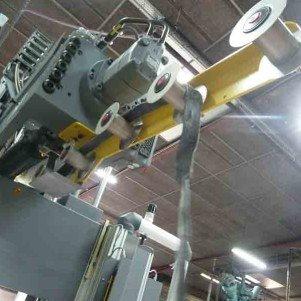injection-caoutchouc-presse-desma-630T-301x301